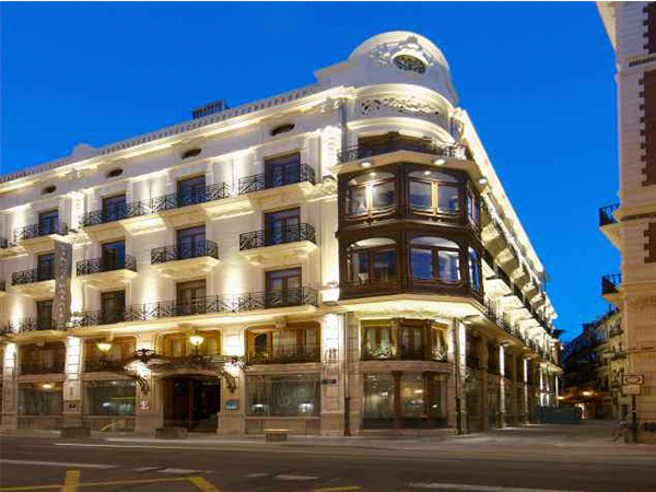 Monrabal hotel vincci palace en la calle de la paz de - Vincci palace valencia hotel ...